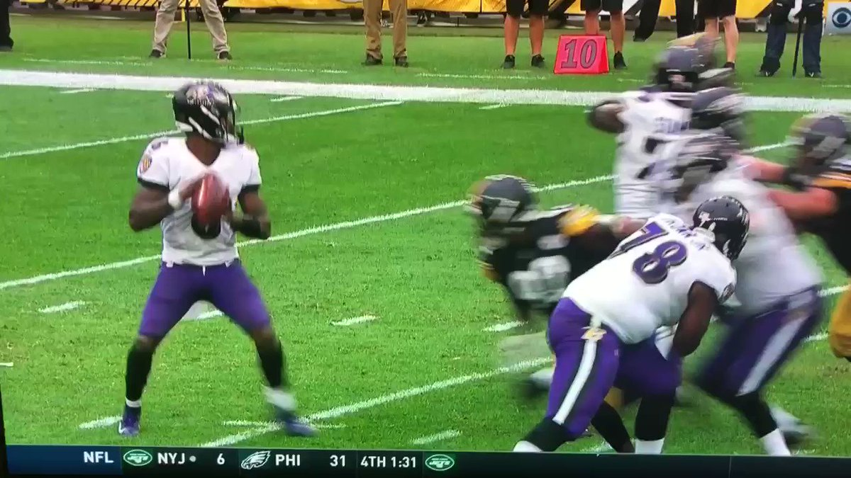 NFL Week 5 Awards: The worst roughing the passer call and more