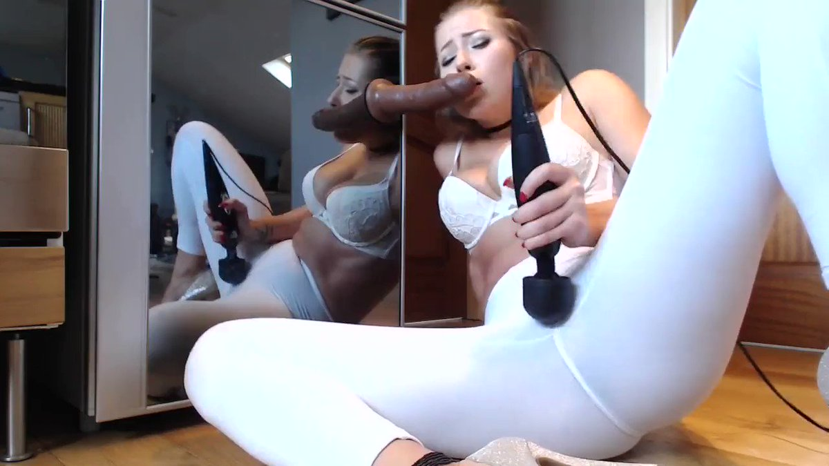 Hot Girl Playing Her Pussy
