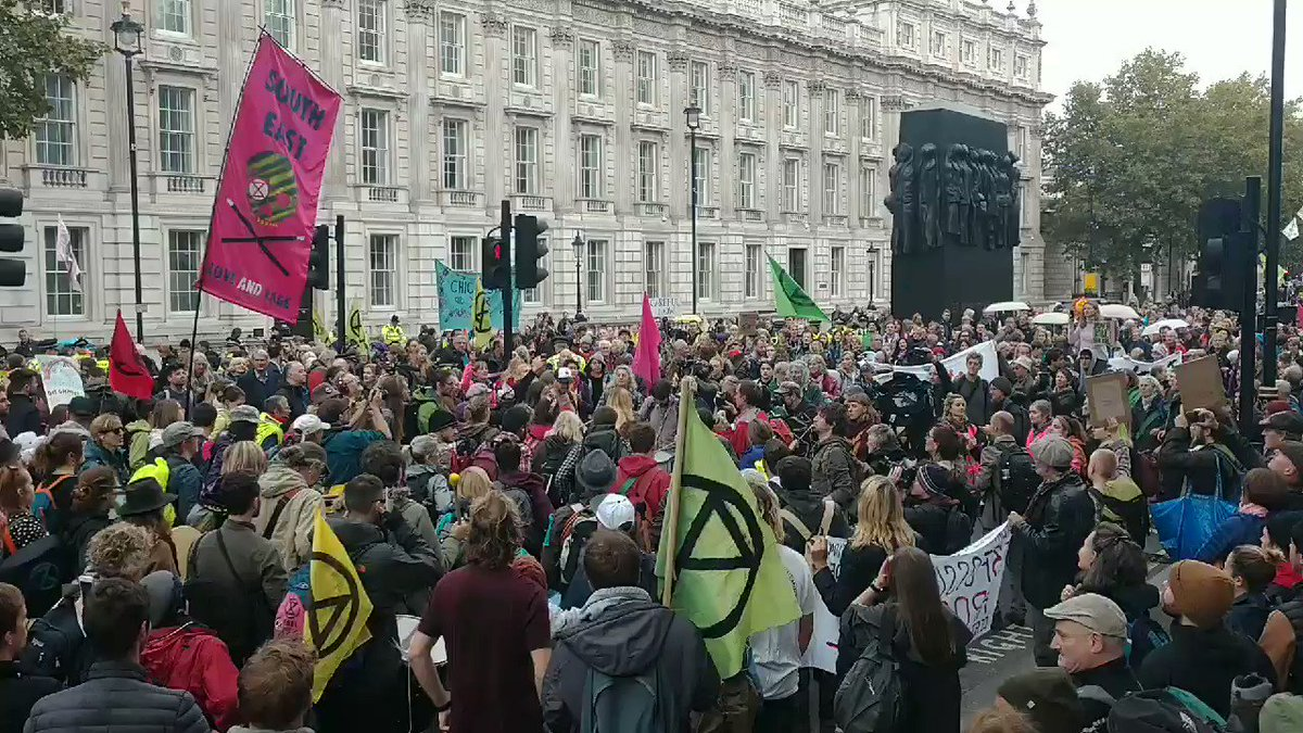 Whitehall closed as #ExtinctionRebellion take over the streets of Westminster. There is no time to waste, is no planet B. #ActOnClimate #climate #energy #climatestrike #go100re #GreenNewDeal