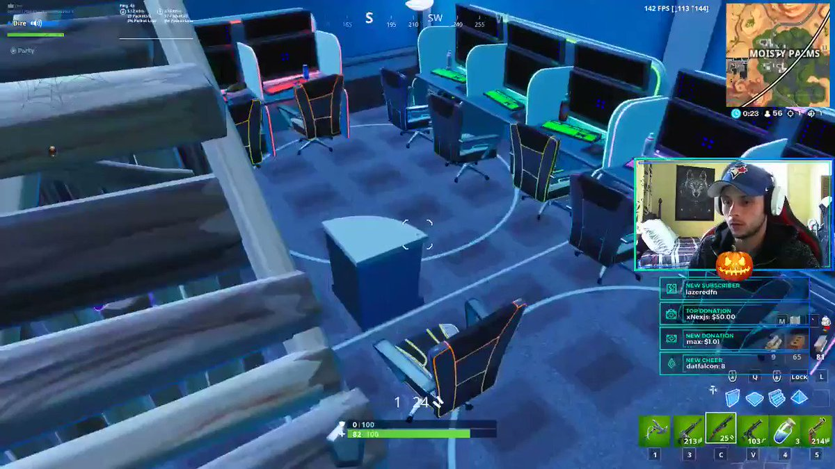 Never trust a garbage can in moisty palms