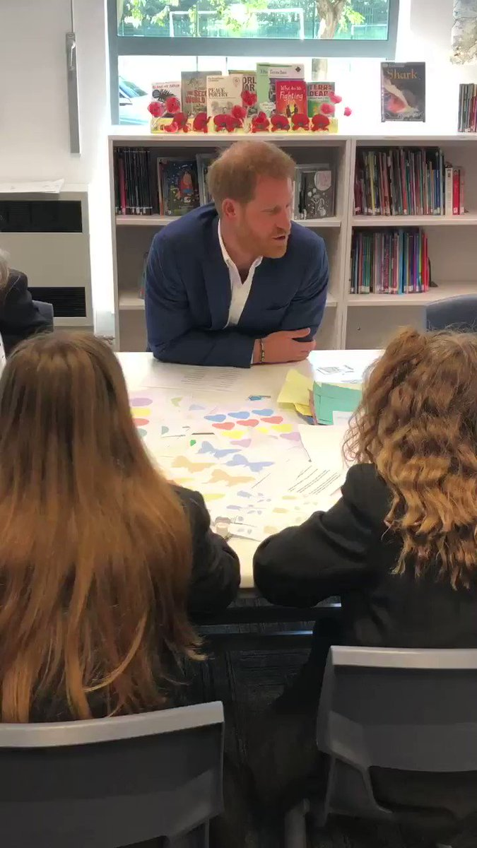 Prince Harry chatting to students at Nottingham Academy on #WMHD2019