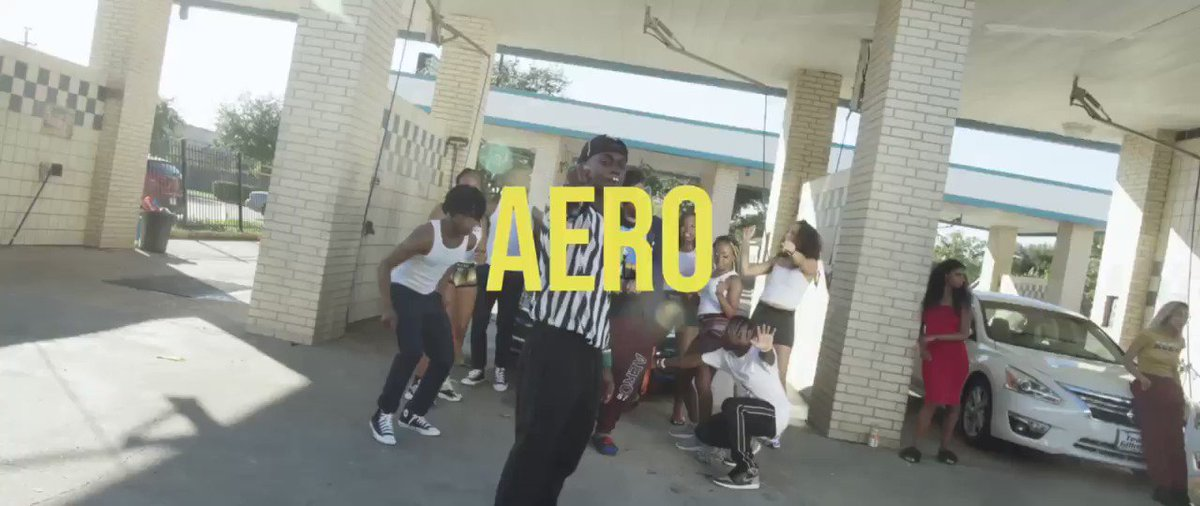 A E R O , stepping in that aero