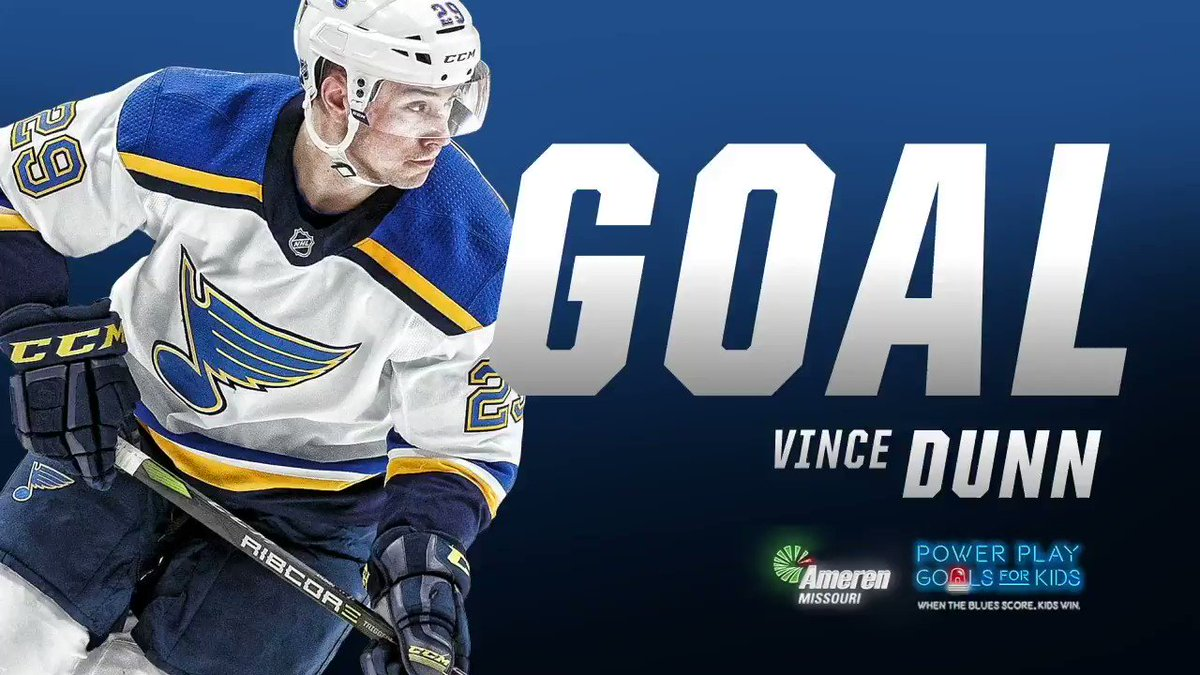 BLUES GOAL!!! Vince Dunn gives the Blues a 3-2 lead with a power-play goal! #stlblues