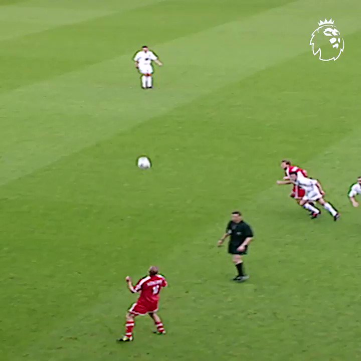 What a strike! Matt Holland made his mark against Leeds with this 🚀 in 2004 #GoalOfTheDay