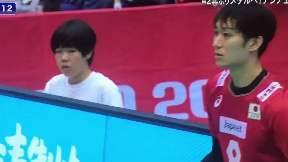 柳田くんのサーブ前のこのシュルルルル〜が好きなのは絶対私だけじゃないはず。超真剣な顔してもかわいいのずるくないですか。 #男子バレー #ワールドカップバレー2019 #柳田将洋