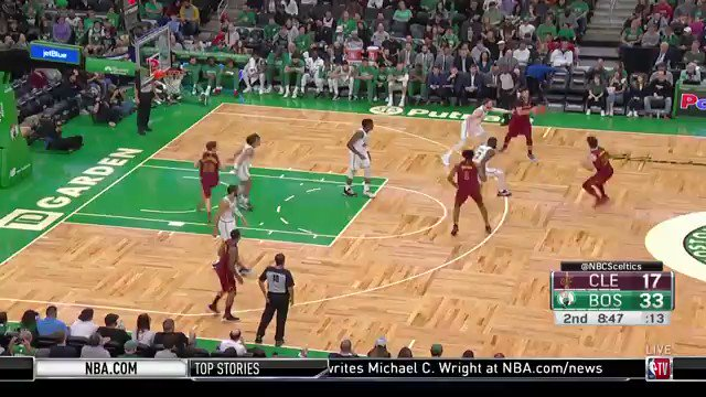 WATCH: Robert Williams III touches the sky on a lob attempt