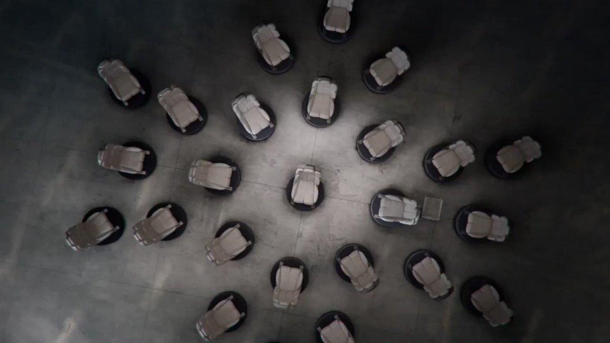 Perfección, no menos. Es la experiencia que los asientos de #LincolnContinental te ofrecen. Conoce toda su tecnología: https://t.co/SFWEV9JJpi https://t.co/GIsKGveJ0L