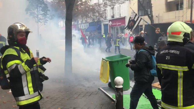 Pompiers en colère à Paris : tensions avec la police, au moins 6 interpellations HxgT3hI57RCvn68g?format=jpg&name=small