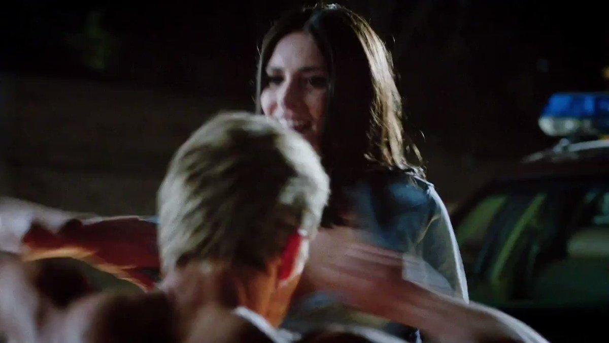 Karolina Wydra – True Blood S07E01 (2014)  – Celeb Nudity