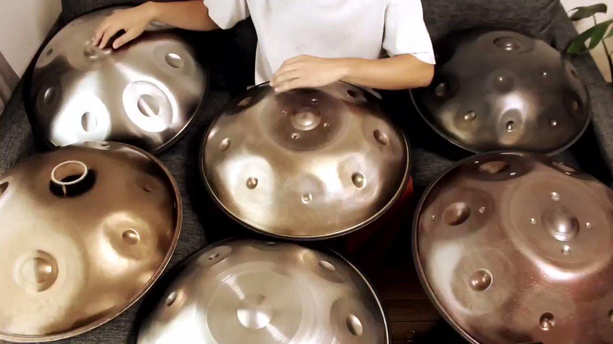 最近SNSでよく流れてくるカリンバの広告の曲が良かったので、調べてハンドパンでやってみました。中国の琵琶の曲みたい。琵琶语 Pipa Language 林海 Lin  Hai#峯モトタカオ #ハンドパン