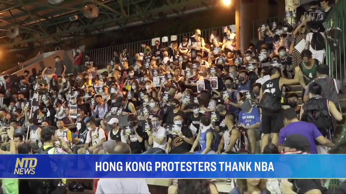 "I don't understand why the Pro-#CCP could keep smearing #HongKongProtesters. Look at this video, every one of them knew what they're defending for. #CCP is showing the world how they broke the promise of ""1 country 2 systems"" bold and confident."