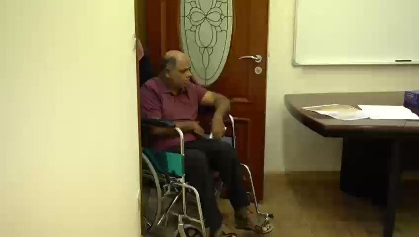 #UAE: NRI businessman Yusuffali clears Rs 80 lakhs debts of Paralysed man; facilitates return to #India after 15 years