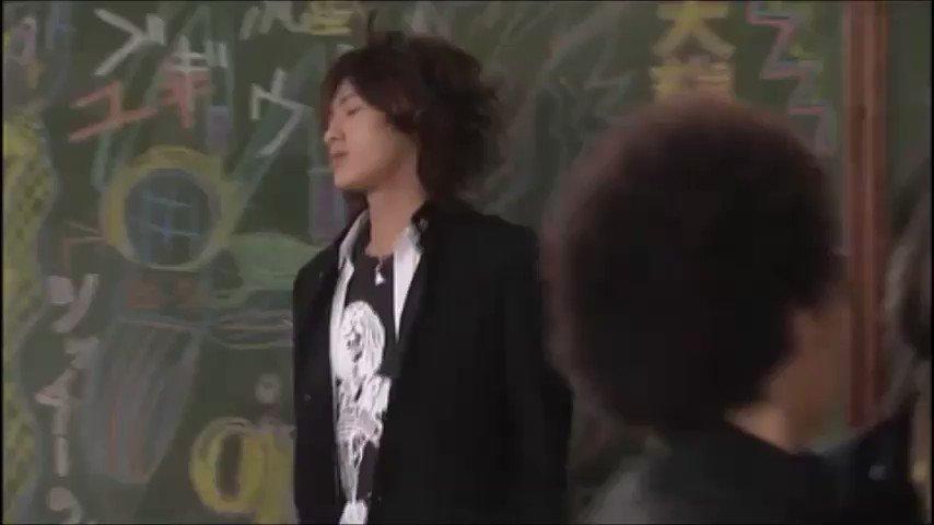 これ14年前に放送されたごくせん2なんだが赤西仁演じる矢吹隼人のかっこよさが異常すぎるからみんな見てほしい