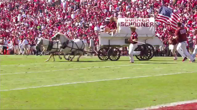 Oklahoma's Sooner Schooner Crashes On Field In Terrifying Scene