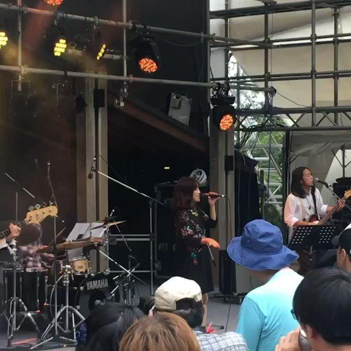 芸術の秋!?秋も野外フェスで楽しもう!【動画コラム】🍂動画ライターの  @sakikoosawa さんがりんご音楽祭 @ringofes  でDJをしてきました♫詳しくはこちら👉Thx to @_Yun_chi_ #芸術の秋 #音楽フェス