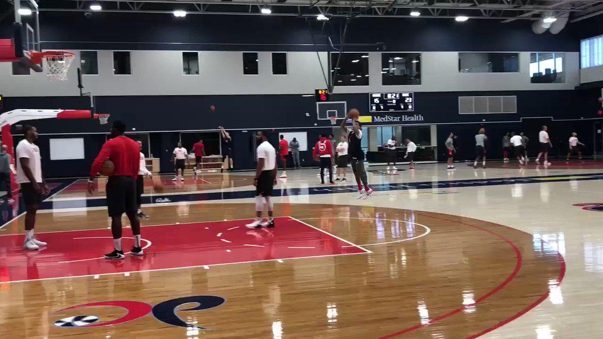 As Wizards prepare for regular season opener, Isaiah Thomas takes part in full practice