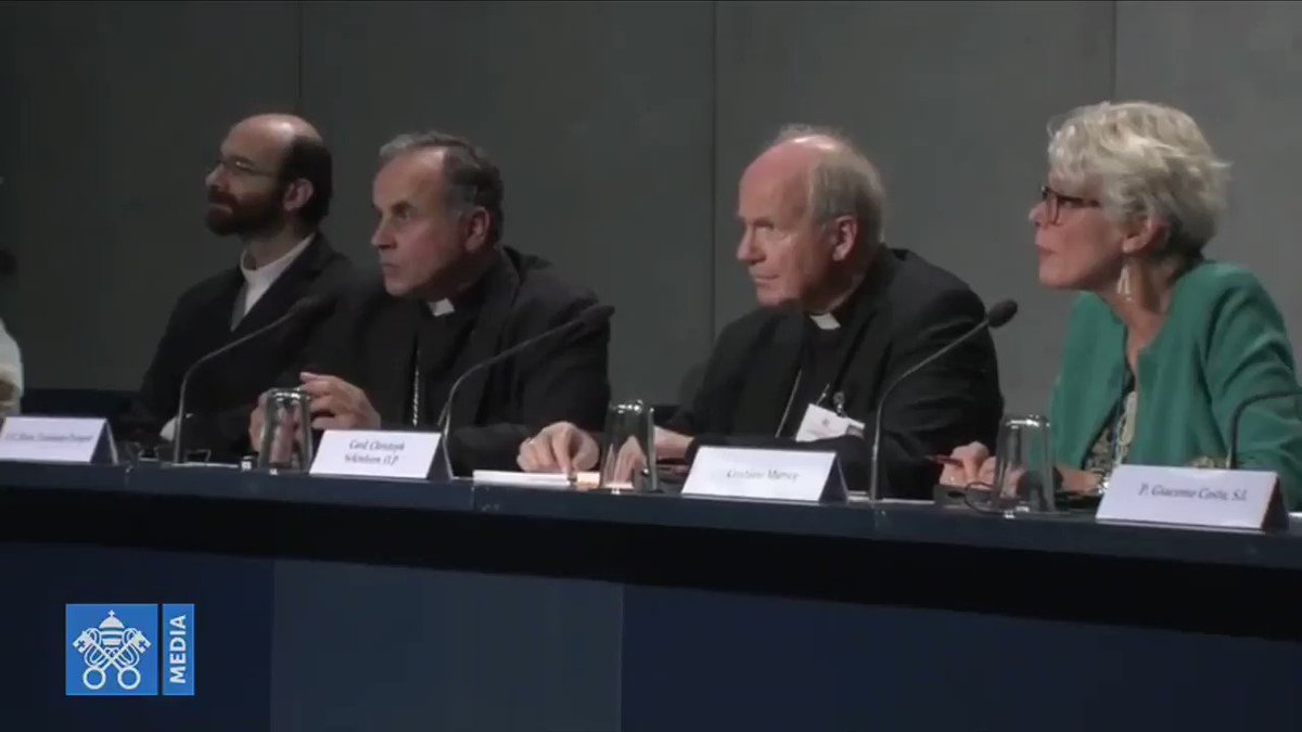 Image for the Tweet beginning: At #SinodoAmazonico #AmazonSynod Presser; @philippullella