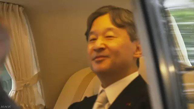 天皇陛下は、皇居の宮中三殿で行われる即位に関する儀式に臨むため、午前8時すぎ、お住まいの赤坂御所がある赤坂御用地を車で出発されました。#nhk_news