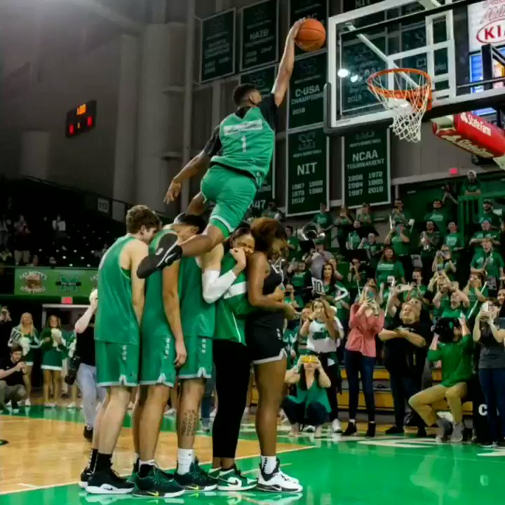 Here is @Taevion_ destroying the @HerdMBB dunk contest last night