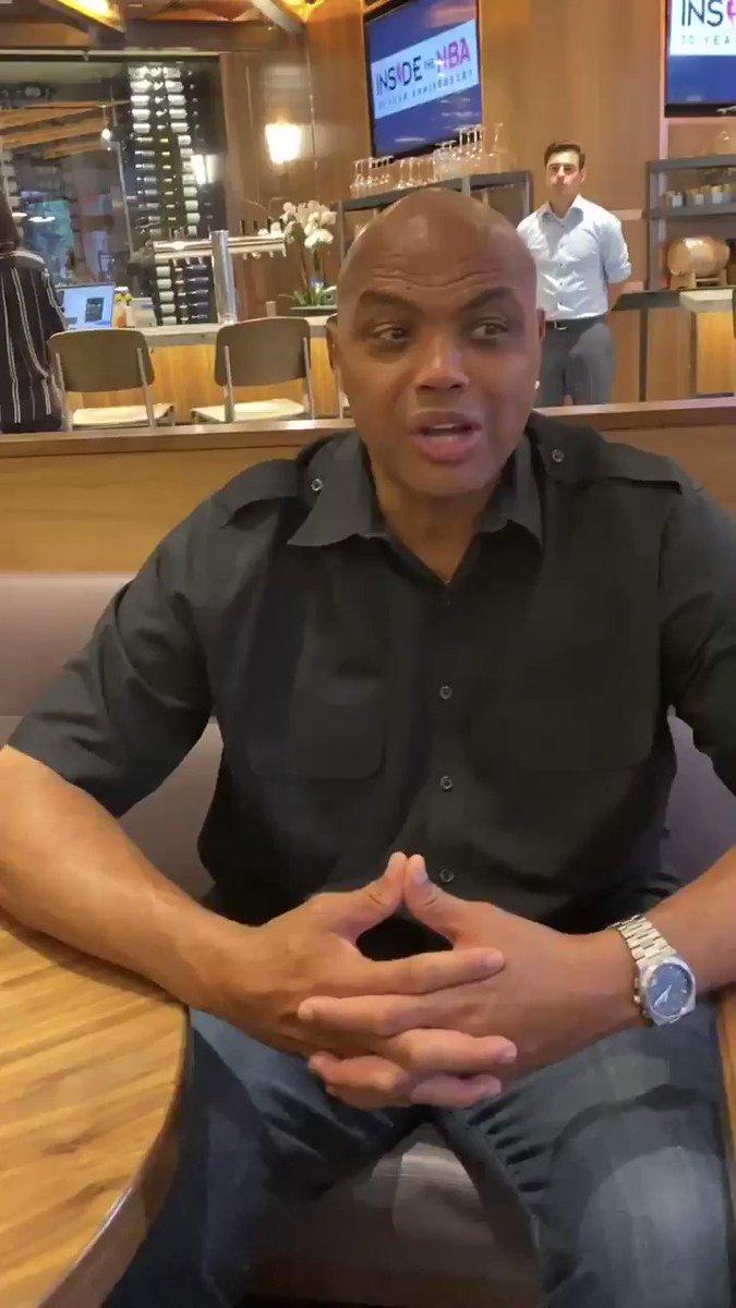Charles Barkley Doesn't Hesitate To Answer LeBron vs. Kawhi Question