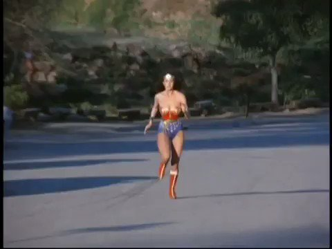 Heres a clip of Wonder Woman running in slo-mo for no reason whatsoever. Enjoy 😊