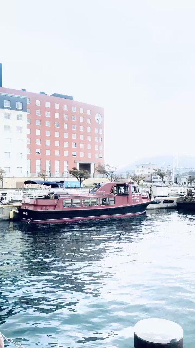 門司港で生活していた頃に愛聴していたナンバーもプレイしました。 たくさんの人人人、ありがとうございました🌞 #海辺のカモメ市