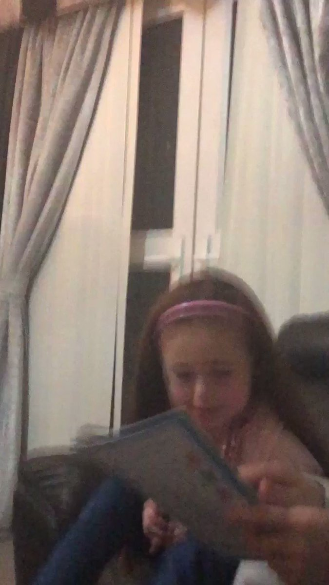 Right sorry but not sorry for this video this is my 7 year old practicing words at home she is a wee bit slower than most her age with other wee problems so working at home as well as school helps so here she is the answer was clown lol god knows were she hears these words 🤣😂