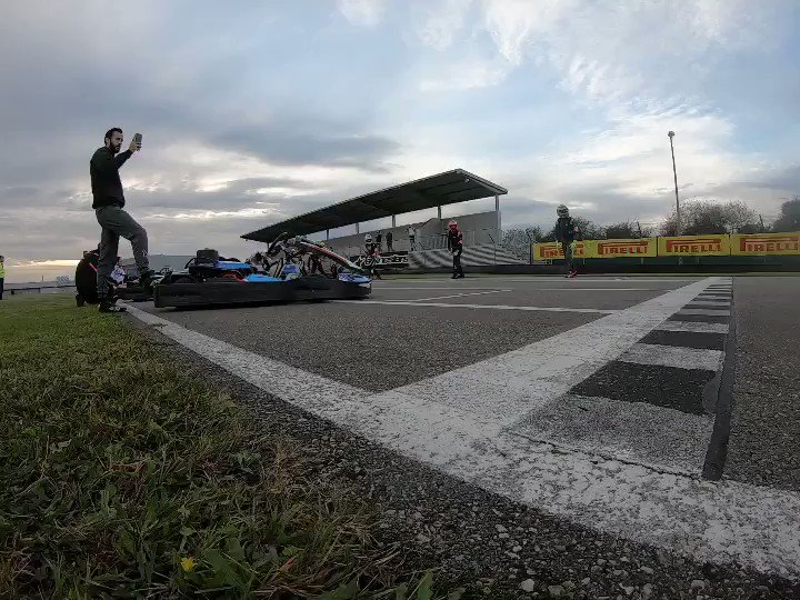 ¡Se cumplen 300 vueltas! Y lo celebramos con el vídeo de la salida Le Mans style, marca de la casa 😎 #mycfa500
