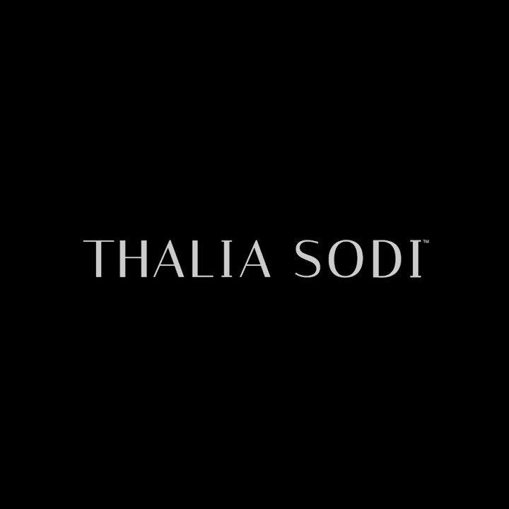 Descubre la nueva fragancia #BloomingOpal de #ThaliaSodi. ¡Te encantará!   Adquiérela dando clic aquí 👉
