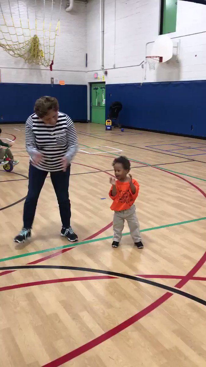 Ms Iliana teaching the thriller dance! <a target='_blank' href='http://twitter.com/BarrettAPS'>@BarrettAPS</a> <a target='_blank' href='http://twitter.com/APS_EarlyChild'>@APS_EarlyChild</a> <a target='_blank' href='https://t.co/J9jZ0n5GDc'>https://t.co/J9jZ0n5GDc</a>