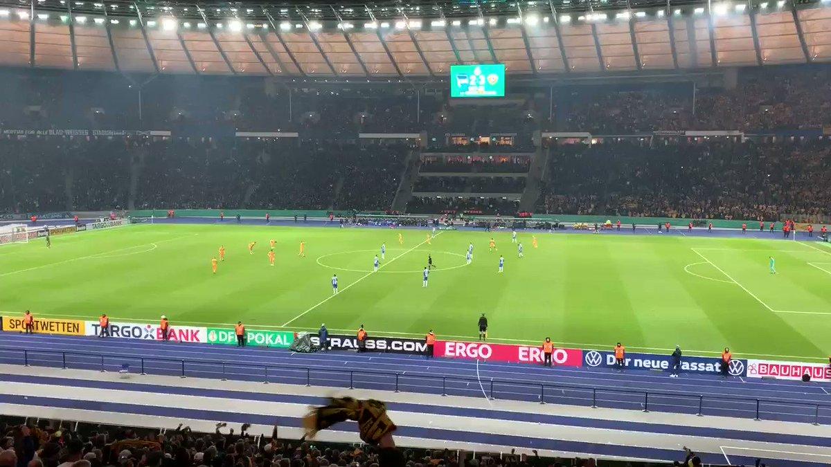 TOOOOOOOR! 3:2 für Dynamo. 😃👍🏼⚽️ #DFBPokal #BSCSGD #sgd1953