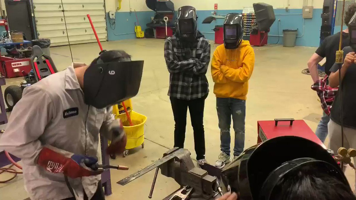 Learning how to weld in Mr. Little's Auto tech class. <a target='_blank' href='http://twitter.com/APSVirginia'>@APSVirginia</a> <a target='_blank' href='http://twitter.com/APSCareerCenter'>@APSCareerCenter</a> <a target='_blank' href='http://twitter.com/ACC_Collision'>@ACC_Collision</a> <a target='_blank' href='http://twitter.com/Margaretchungcc'>@Margaretchungcc</a> <a target='_blank' href='http://twitter.com/APHealeyACC'>@APHealeyACC</a> <a target='_blank' href='https://t.co/D6gSWXqfgo'>https://t.co/D6gSWXqfgo</a>