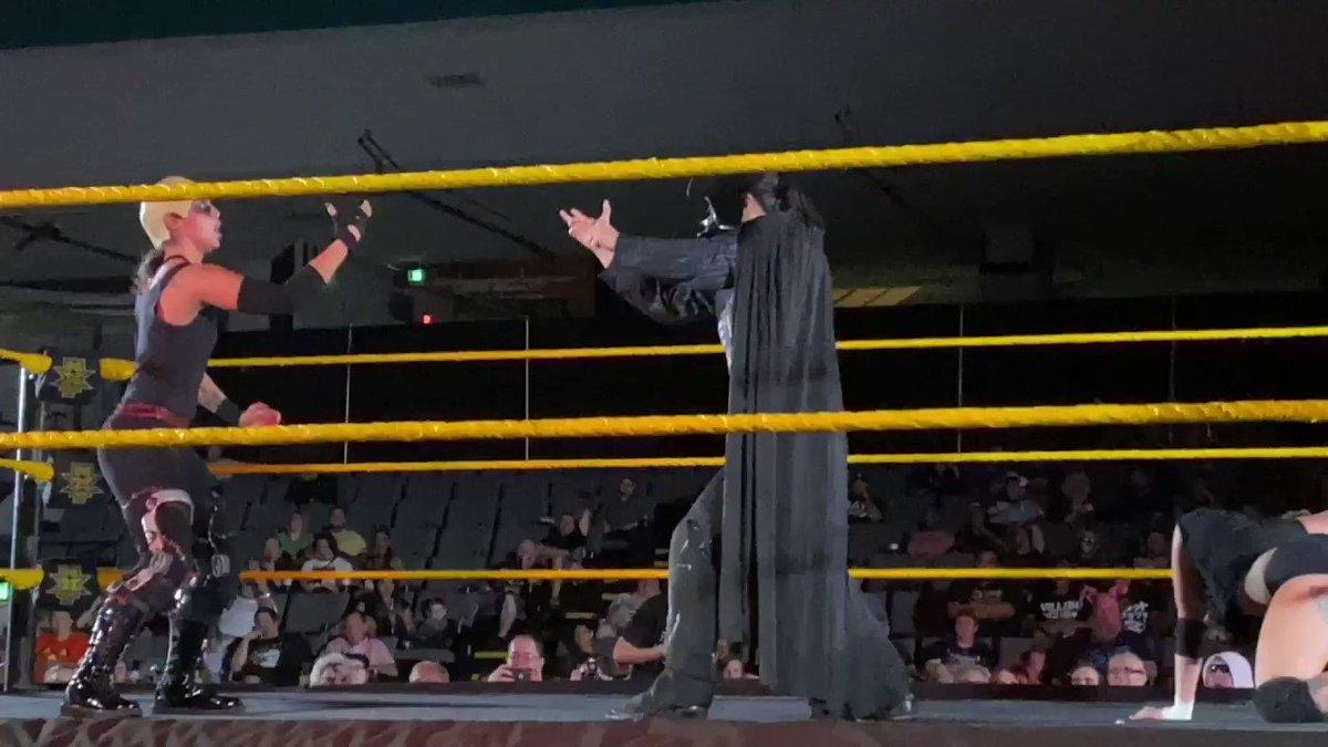 Darth Baszler uses the force @QoSBaszler @TeganNoxWWE_ #NXTOrlando