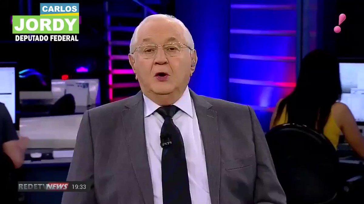 Muitas pessoas me questionam se vamos e se queremos sair do PSL. Minha resposta é NÃO. Nós queremos permanecer no partido do Presidente, mas queremos transparência e auditoria nas contas para que assim sejamos o PSL no qual os brasileiros enxergavam e acreditavam na eleição.