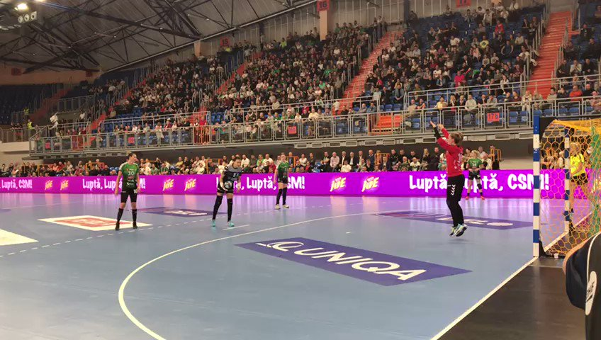 28-19 win against @mkslublin! Congrats girls! 1st in Group B of DELO WOMEN'S @ehfcl. Gr8 comeback for @CrisNeagu8! 👏🙏🔝 #CSMBucuresti #OrasulTau #EchipaTa #Ehfcl #LUBBUC