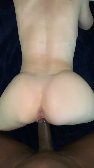 check out my manyvids to see me get fuckkked   https://t.co/hvhlovqMGR https://t.co/e6iA0Lu1cq