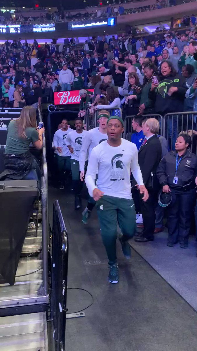 @MSU_Basketball is taking the floor 🏀‼️