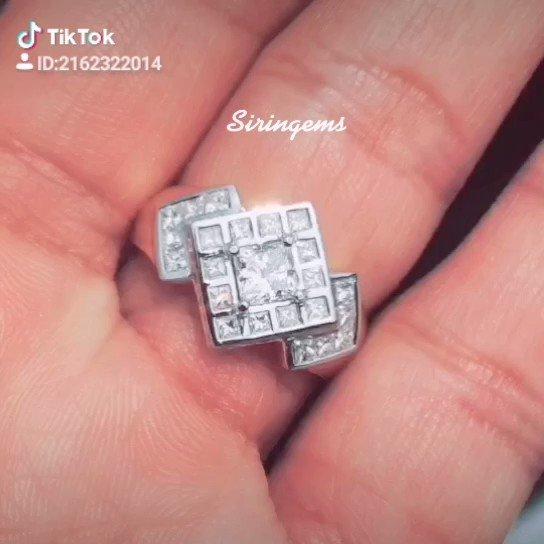 ส่งงานคุณลูกค้าเรียบร้อยแล้วค่ะขอบคุณที่ไว้ใจให้เราดูแล #SIRINGEMS.#jewelry.#diamondring.#แหวนเพชร #กาญจนบุรี
