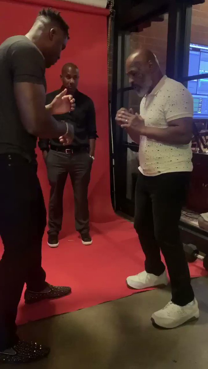 UFC: Mike Tyson teaching Francis Ngannou new moves is scary