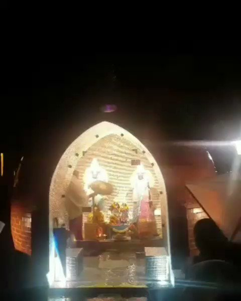 #Pandurenga #Rukmini #arti evening in in our #ashram small #mandirpic.twitter.com/tw8IoTosT1