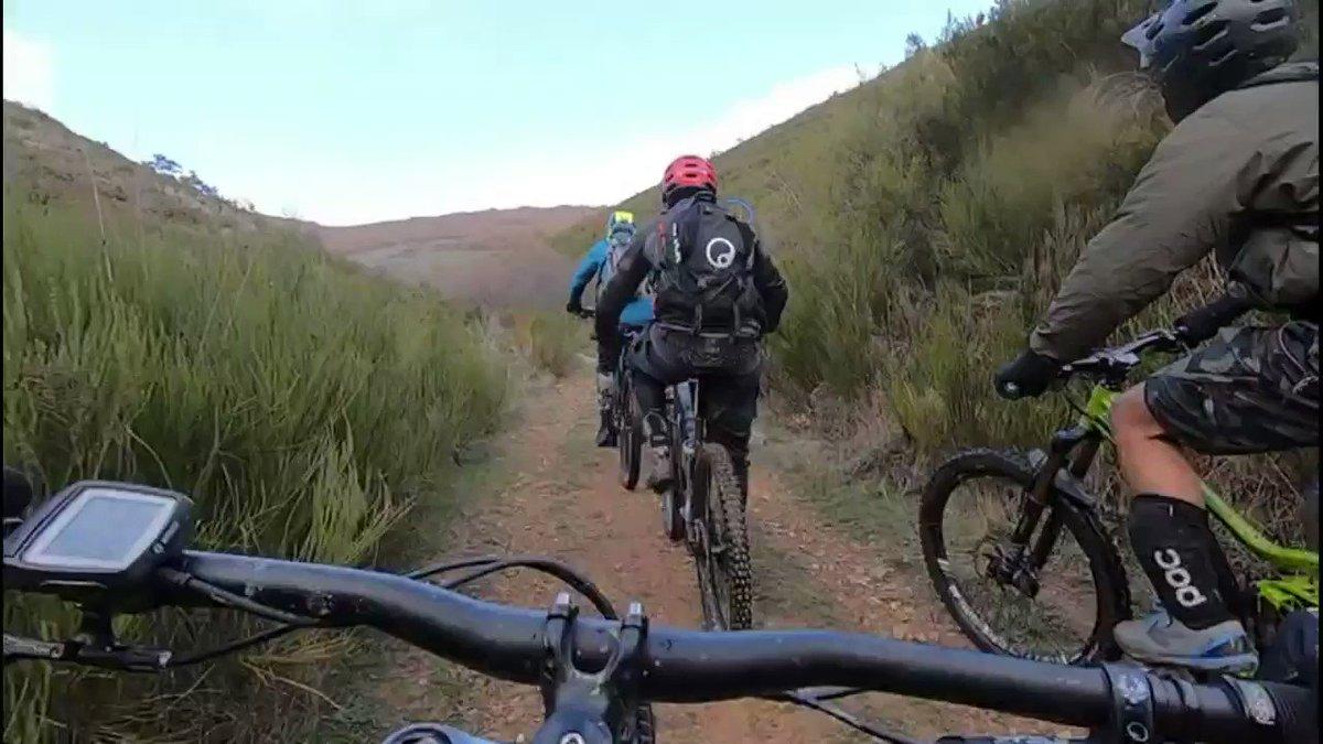 Última entrega (de momento) de técnicas de pilotaje en bici de montaña a cargo del súper crack @chuscastellanos para mi es un antes y un después... @RideCannondale @foxmtb @BicisCarlos
