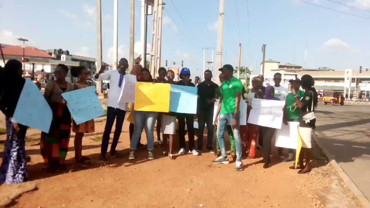 Today is my 50th week of #FridaysForFuture in Ibadan, Nigeria. It was organized and supported by @eet_foundation. Climate change is a race we have to win.