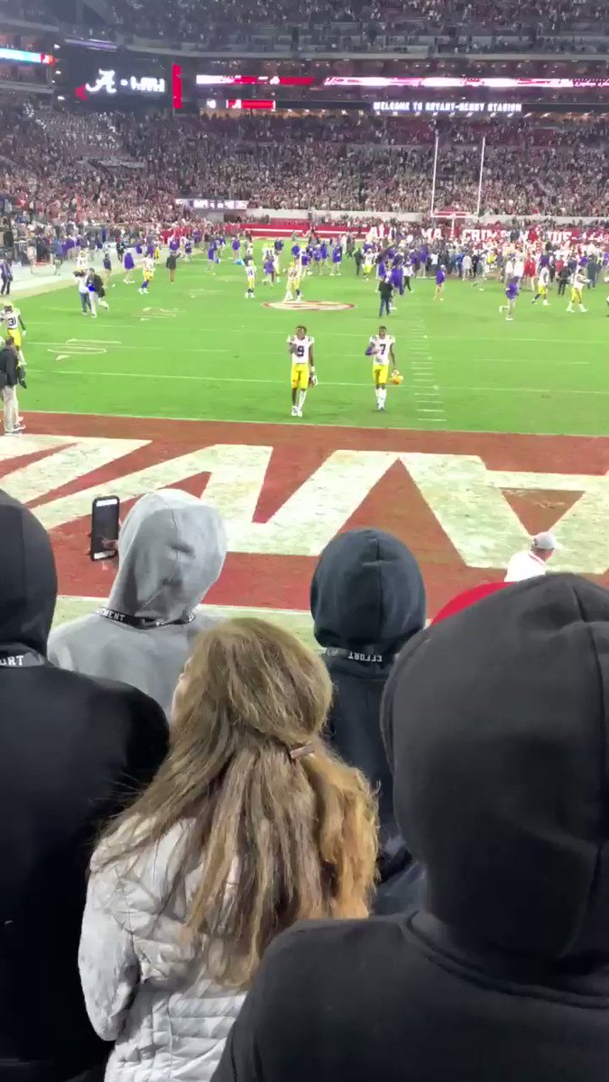 LSU players made pitches to Alabama recruits in the stands after win