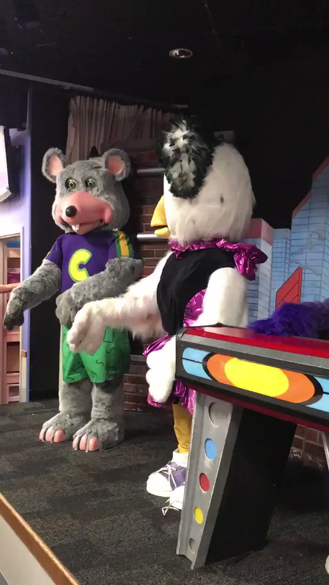 Took my kids to Chuck E Cheese yesterday. A lot of tension in the band.