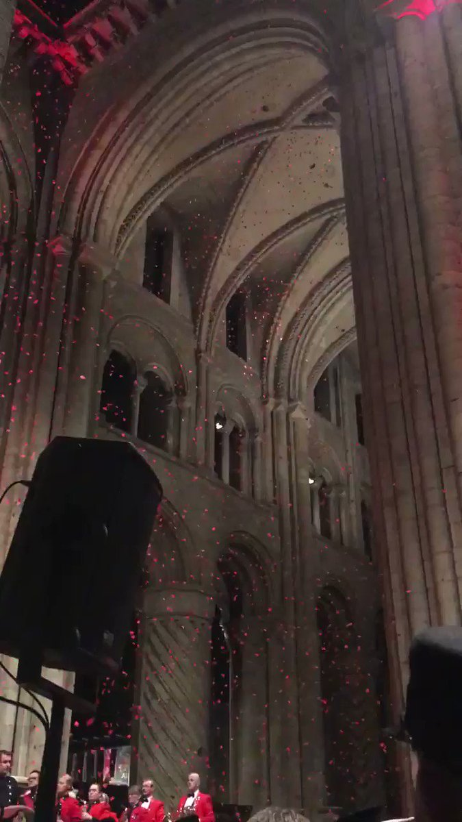As we pause to remember those who have fallen in conflict this #ArmisticeDay we want to share this footage of the poppy drop from Saturday's #FestivalofRemembrance. At the going down of the sun and in the morning, we will remember them. #LestWeForget