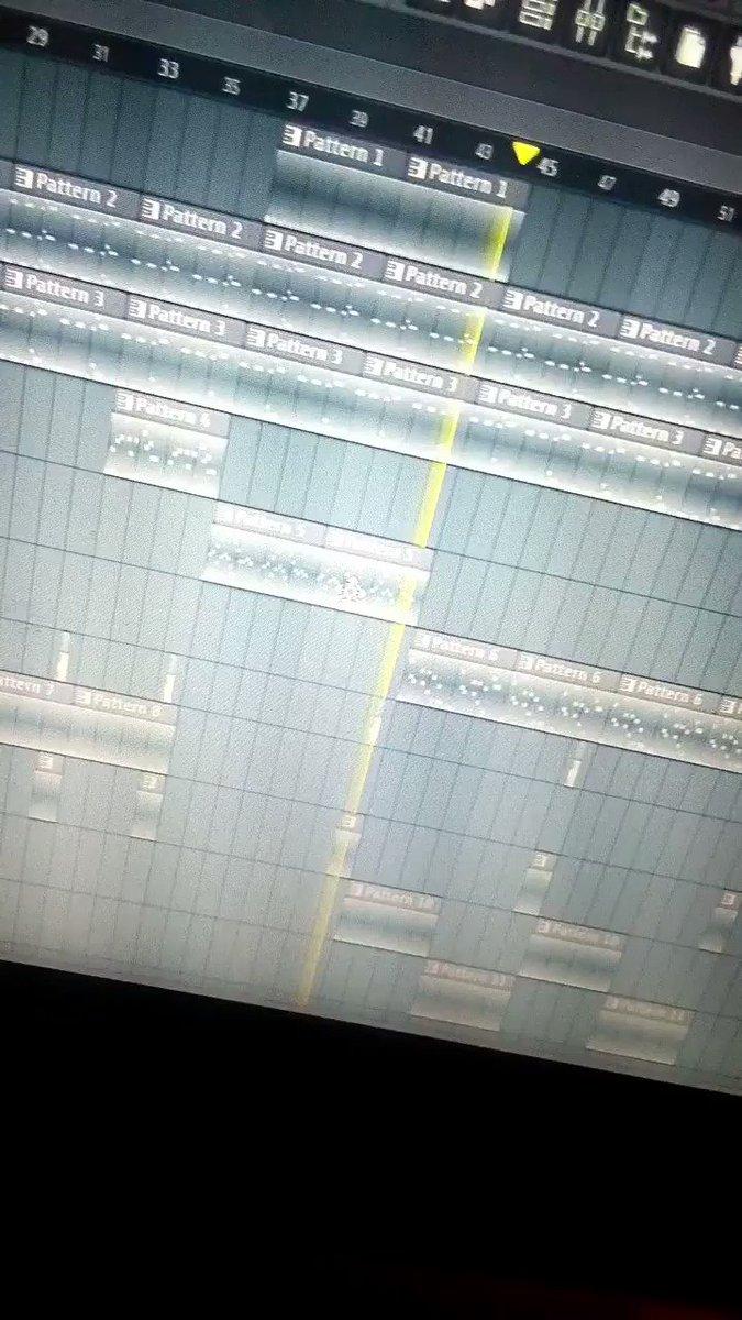 Seguimos produciendo.😎 🔥🔥🔥🔥🔥  #Rap #trap #rapbeats #trapbeats #hiphopbeats #HiphopMusic #hiphop #undergroundhiphop #beats #BeatMaker #beatmakers #soul #gangsta #LofiHipHop #Reggae #instrumental #instrumentals #QuieroMiBeatGratis #musica #cultura #freebeats