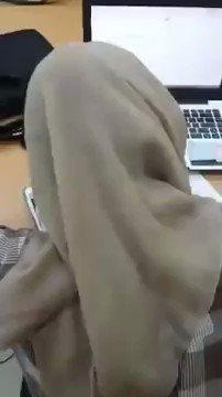 skjlb - Ni Kesukaan ku Konde Nya Di mainin 😘 Pengen megang Sambil Coli crotnya di jilbab nya enak Dah  💦
