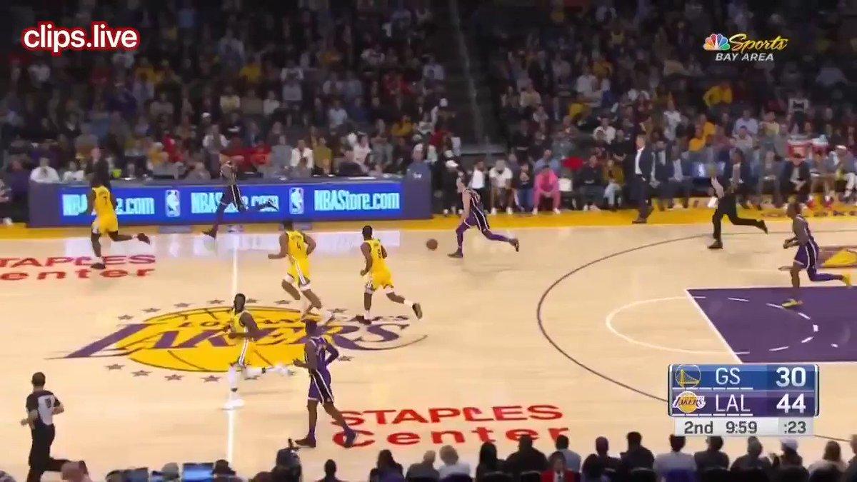 Dwight Howard makes alley oop dunk shot