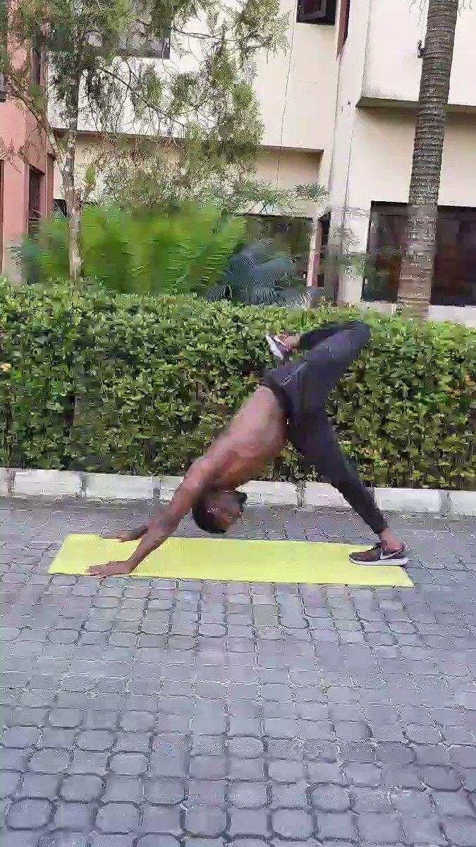 Yoga flow #fitnaija  #naijafit  #naijafitness  #naijafitfam  #noequipmentneeded  #nogymneeded  #anytimefitness  #warri  #warrifitness  #wayoflife  #fitnessgoal