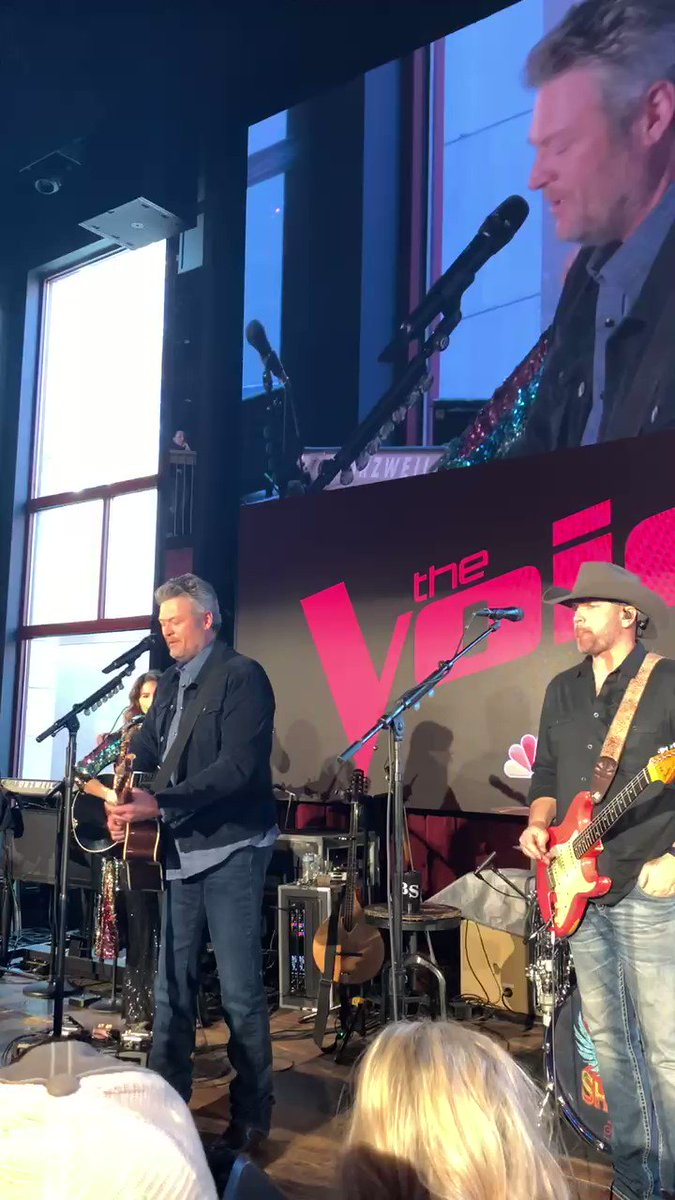 """Every time I'm in Nashville I try to make it a point to come out here, and at least hang out and hopefully get on a stage"" @blakeshelton @NBCTheVoice #voiceinnashville"